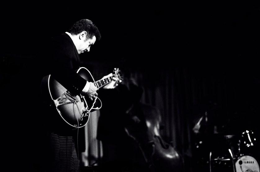 Kenny Burrell - photo de Tom Marcello