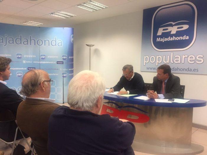 Narciso de Foxá y Alberto San Juan reorganizan la nueva dirección del PP en Majadahonda