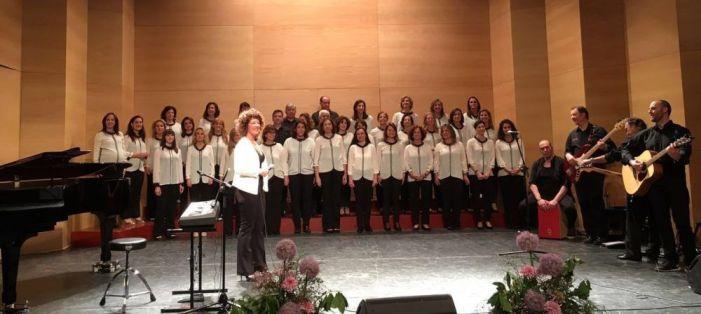 El premiado coro Tomás Moro (Majadahonda) ofrece gospel para salvar niños de la Amazonia