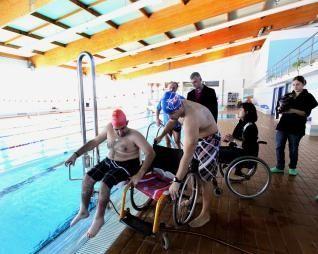 Cs reclama que las piscinas de Majadahonda se adapten a personas con diversidad funcional