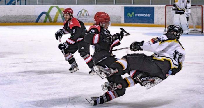 Hockey Hielo: SAD Majadahonda pierde con Txuri Urdin y gana al Huarte en Navarra
