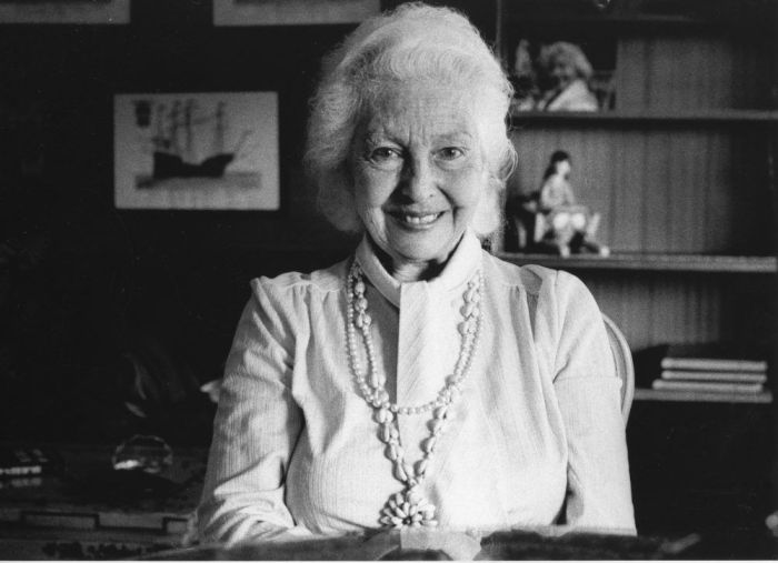 """Rescatan poemas de Mª Teresa León: """"descansa en Majadahonda tras su duro combate contra el Alzheimer"""""""
