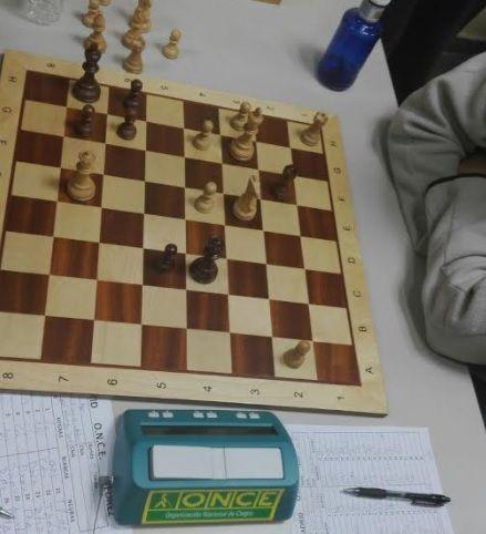 Ajedrez: jugadores invidentes de la ONCE ganan al Molinillo de Majadahonda y le complican el ascenso