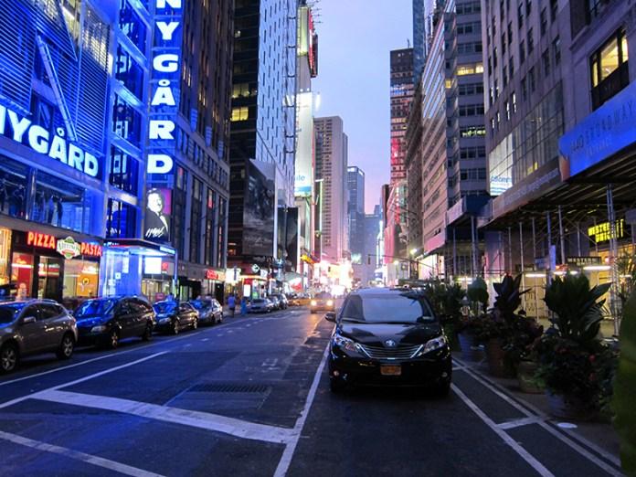 NYC-neon-street