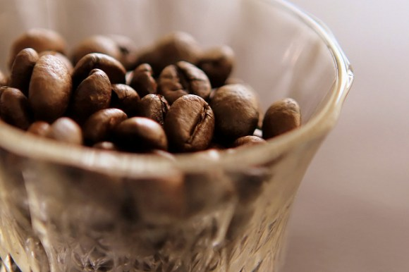 Simpanlah kopi di tempat yang baik