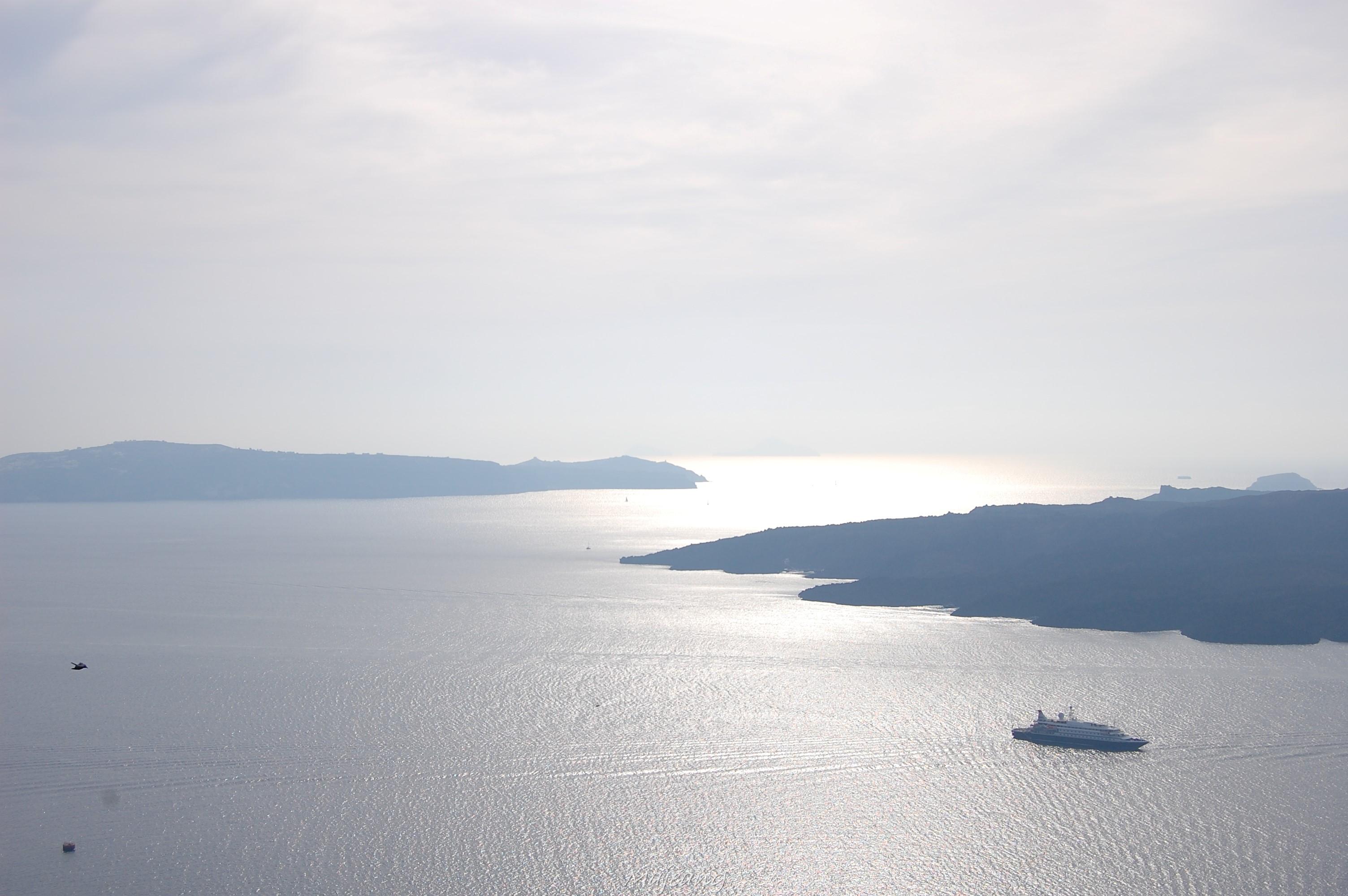 Visiting Santorini on the blog, work in progress www.majeang.com