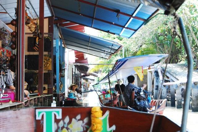 places crossed off my wanderlust list- damnoen, bangkok