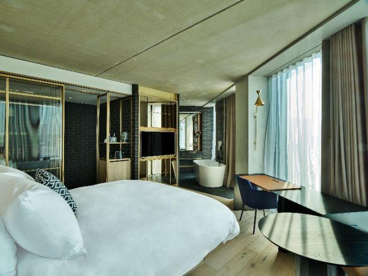 hotel bucket list - QO Kwartier suite