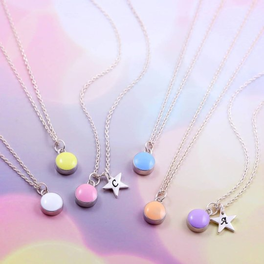 under £30 2018 christmas gift guide- enamel necklace