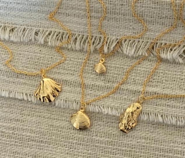 spring fashion edit- shell jewellery Etsy handmadedezigns