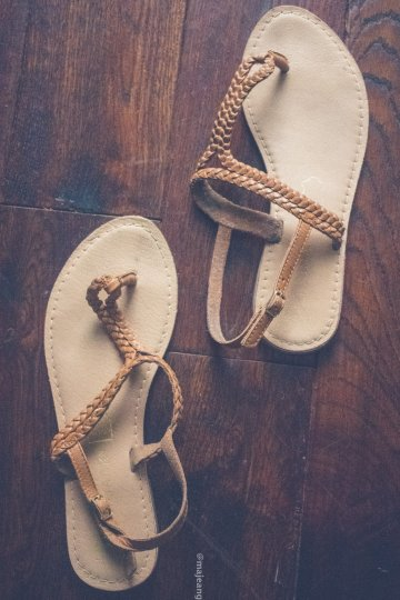 Must have summer shoes for 2019- flat sandals
