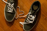 濡れた靴を早く乾かす方法!新聞紙ない場合は?消臭は?