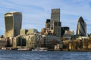 Quelle ville européenne souhaite devenir le nouveau centre financier après les événements du Brexit ?