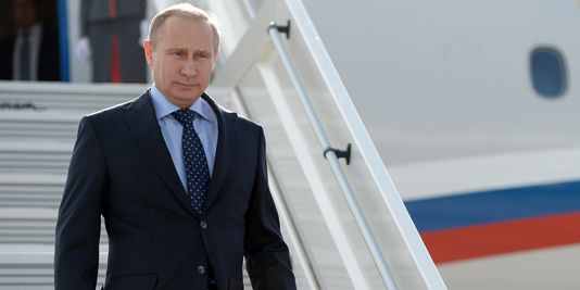 Quelle avait été la condamnation initiale du principal opposant à Vladimir Poutine en décembre 2015 ?