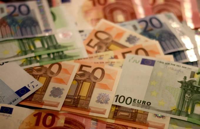 Les dépenses liées au système de retraite en France représentent...