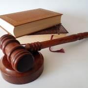 Comment aborder le thème de veille juridique 2018?