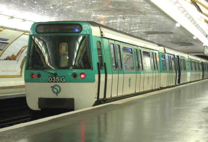 Quelle ville a décidé la gratuité de ses transports en commun à partir de septembre 2018 ?