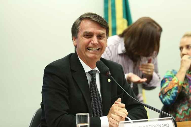 Jair Bolsonaro vient d'être élu président de la République fédérative du Brésil en réunissant...