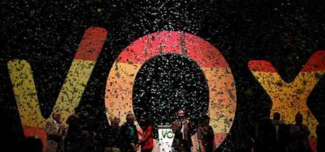 Espagne : le mois de décembre en trois titres