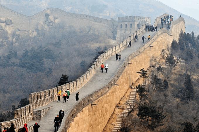 Avec combien de temps de retard le premier EPR a-t-il été mis en marche en Chine ?