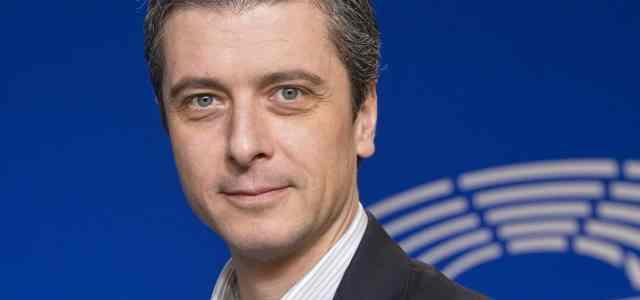 Le parcours de Mihail ONEA, manager RH au parlement européen