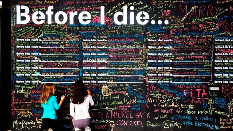 Death festival in Mallorca, an example of the Before I Die Wall