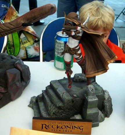 todd-mcfarlane-statue-3