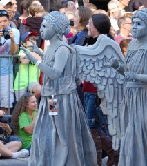2012 Parade Weeping Angels A
