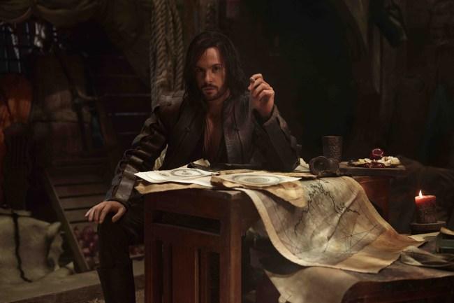 Tom-Riley-as-Leonardo-Da-Vinci-in-DA-VINCI'S-DEMONS_2