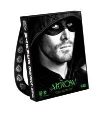 ARROW-Comic-Con-2014-Bag-906x1024