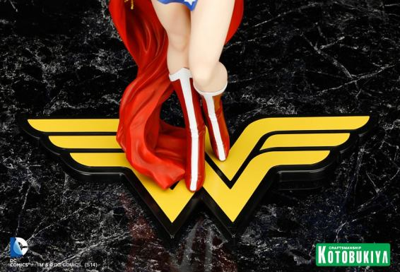 Wonder_Woman_Kotobukiya_4