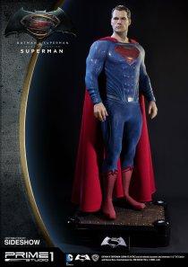dc-comics-batman-v-superman-superman-half-scale-polystone-statue-prime-1-902664-07