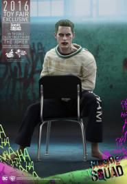 suicide-squad-joker-09