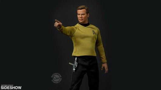 star-trek-captain-kirk-sixth-scale-quantum-mechanix-902828-09