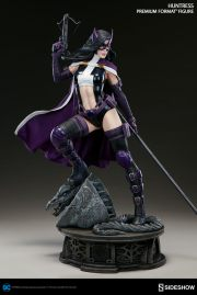 dc-comics-huntress-premium-format-300288-04
