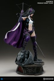 dc-comics-huntress-premium-format-300288-05