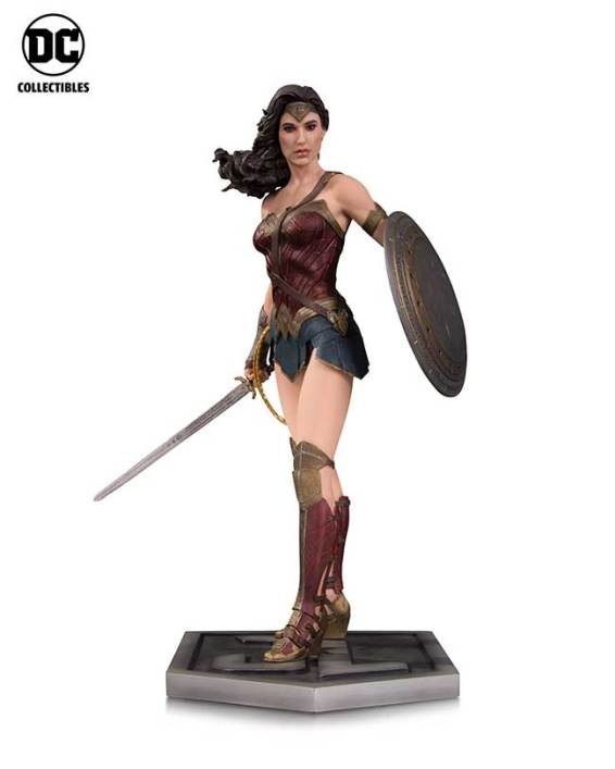 JL_Movie_WW_Statue_v01_r01