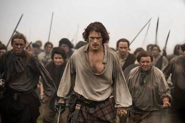 Sam-Heughan-(as-Jamie-Fraser)_301