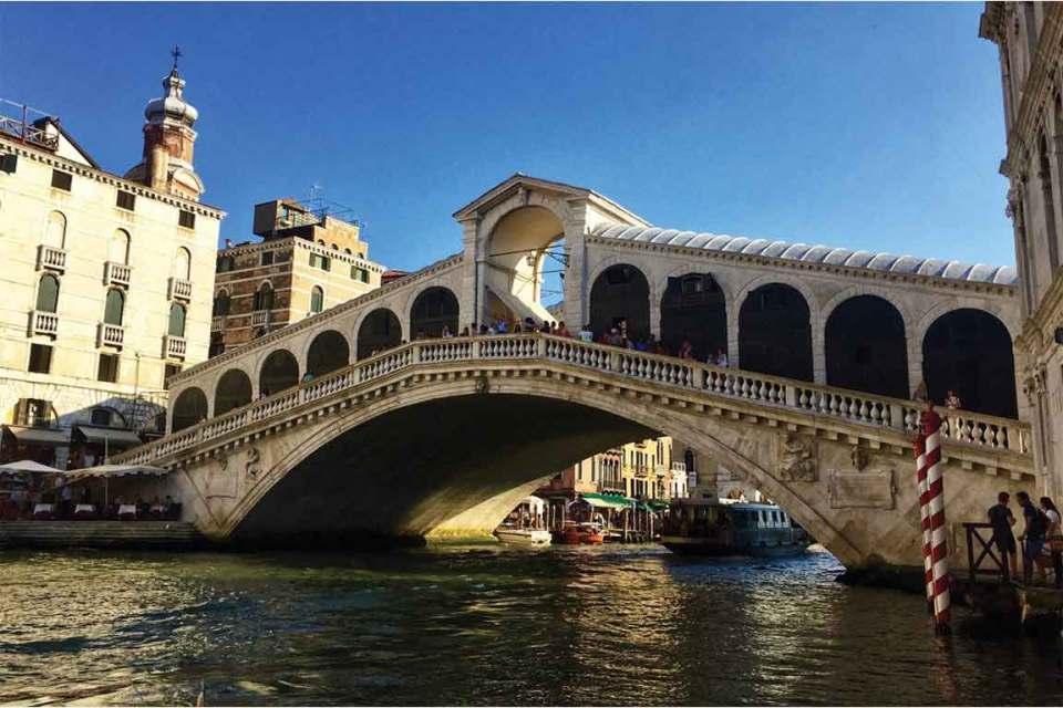 Best things to do in Venice Italy Rialto Bridge