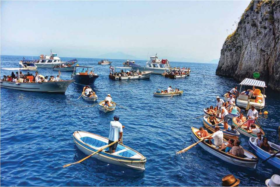 Best Things to do in Capri blue grotto tourist trap