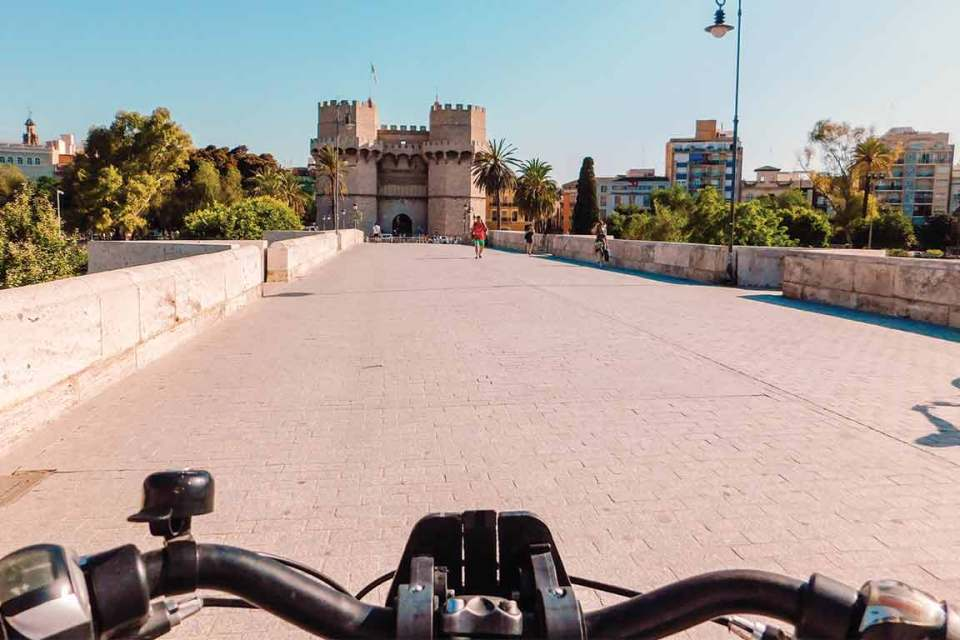 what to do in valencia bike ride