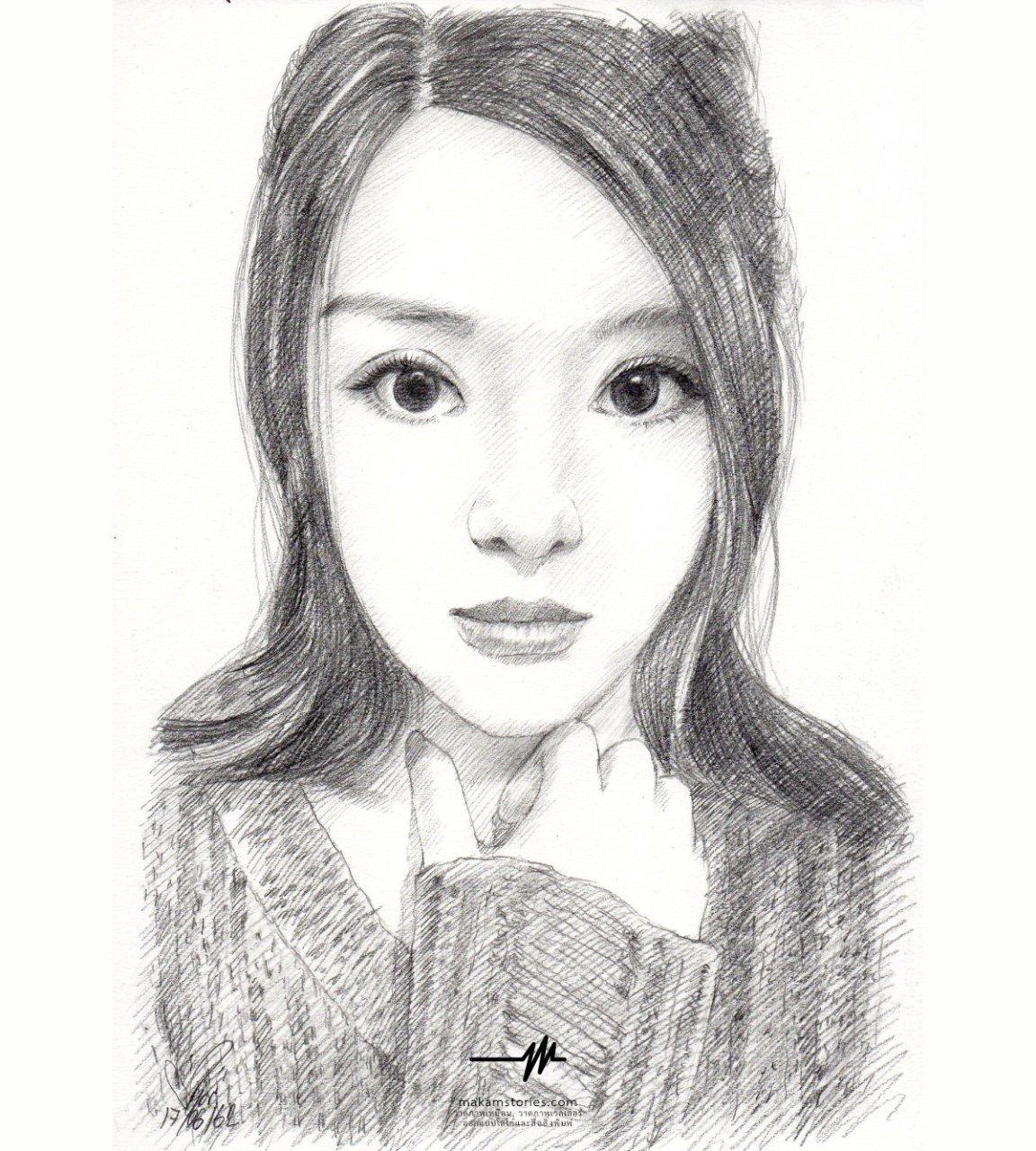 วาดภาพเหมือนลายเส้นดินสอ ภาพเหมือนผู้หญิงที่วาดด้วยดินสอ