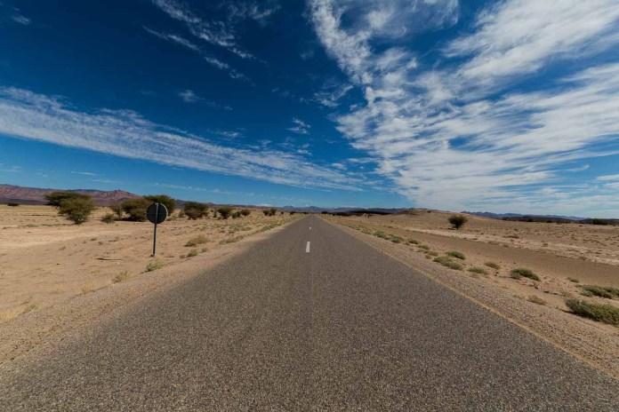 Durch die Sahara geht es weiter