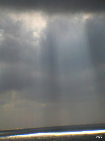 rays_of_hope_03