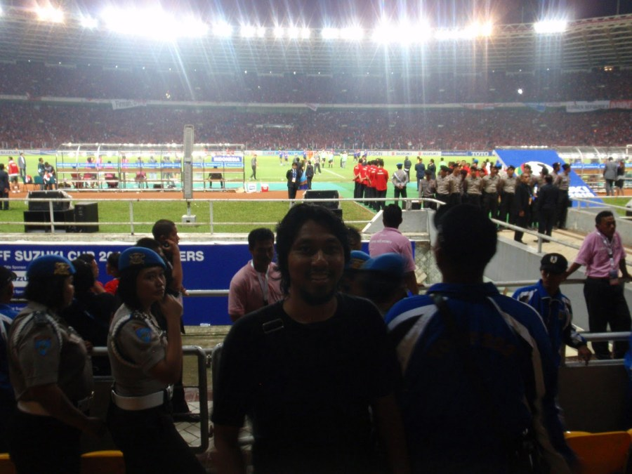 pasca perlawanan 1 Kisah Rakyat Malaysia Kibar Bendera di Gelora Bung Karno