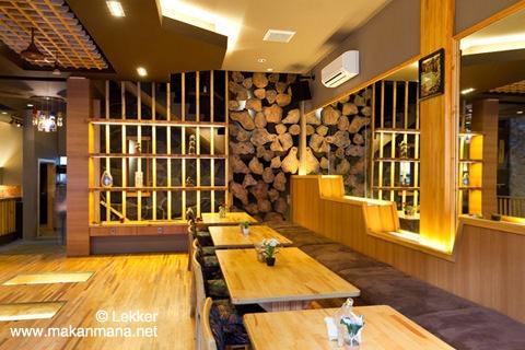 Lekker Urban Food Restaurant 12