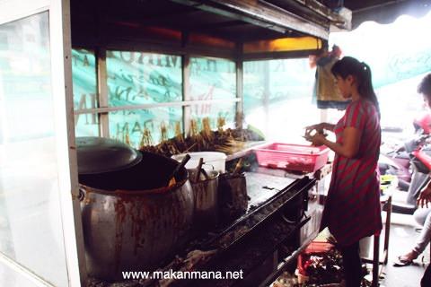 Sate Padang / Kacang H. Amiruddin 2