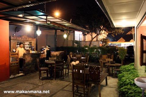 Resto-Cafe-Gallery Warisan Tempo Doeloe 16