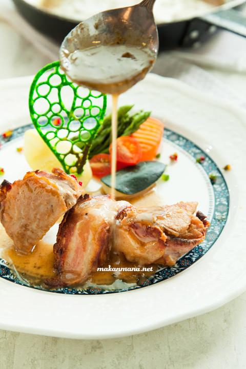 Filetto di maiale pancetta al vino banco e verdure bollite idr160
