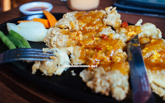 chicken steak saos padang
